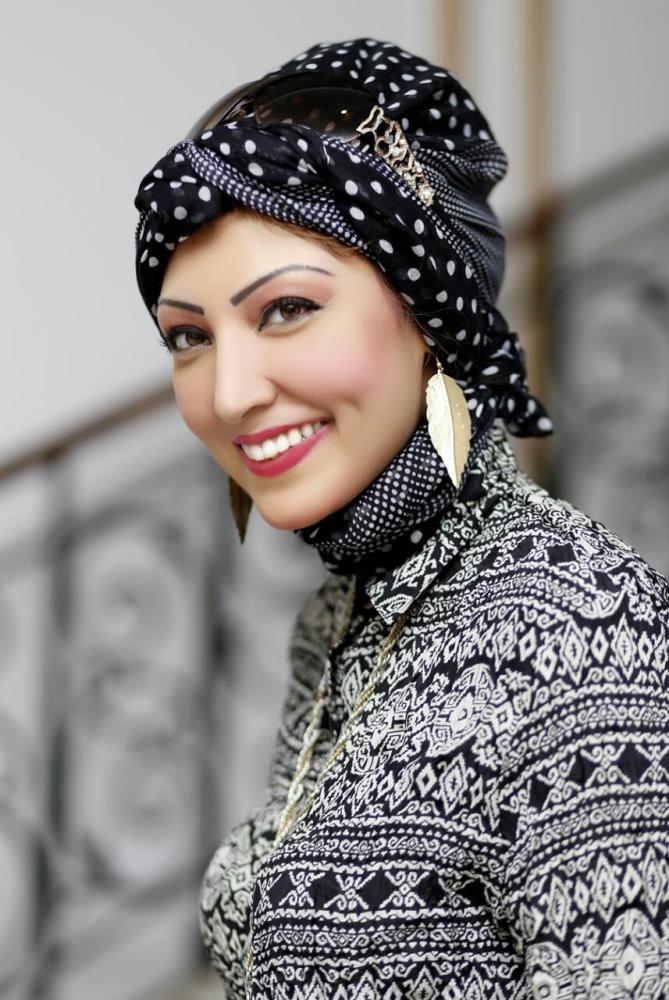 سميرة عزيز