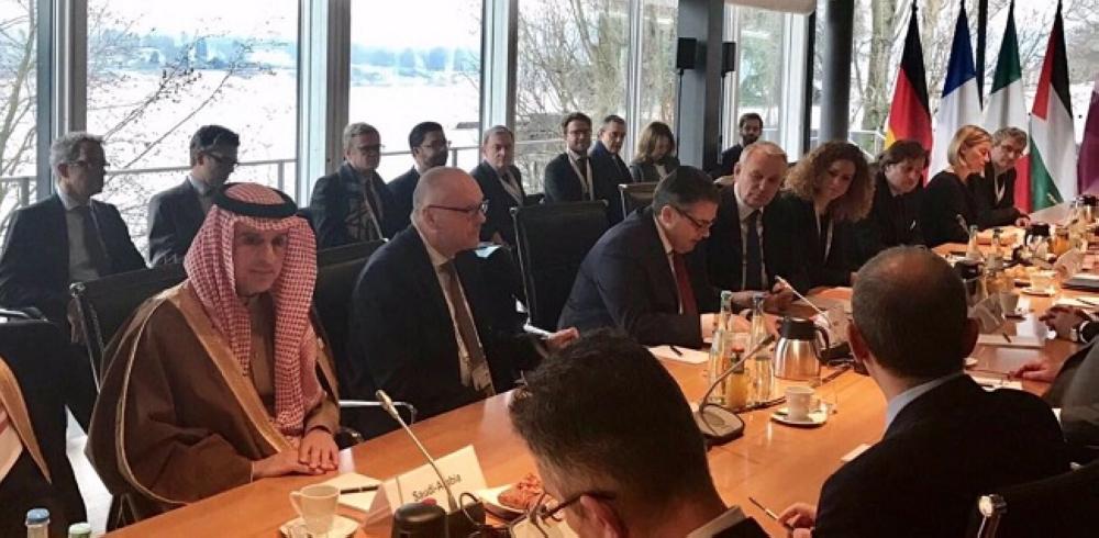 وزير الخارجية يشارك في اجتماعٍ حول سورية