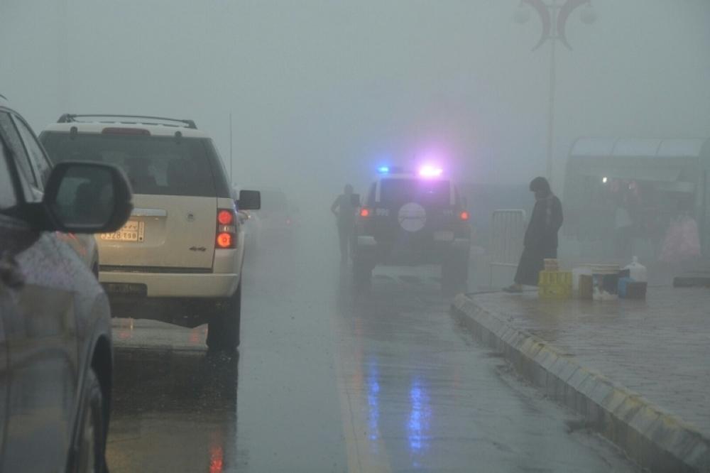 إمارة عسير تحذر من أمطار غزيرة على محافظات المنطقة