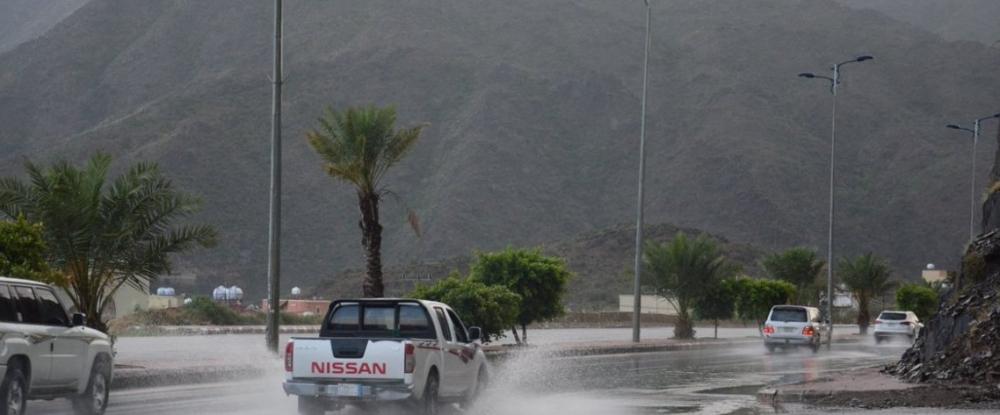 الأرصاد: استمرار هطول الأمطار على مكة وجازان وعسير والباحة