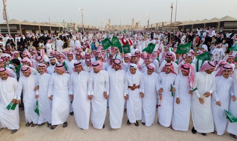 يزيد عدد الشباب السعوديين (ذكور وإناث) عن 70% من إجمالي سكان المملكة