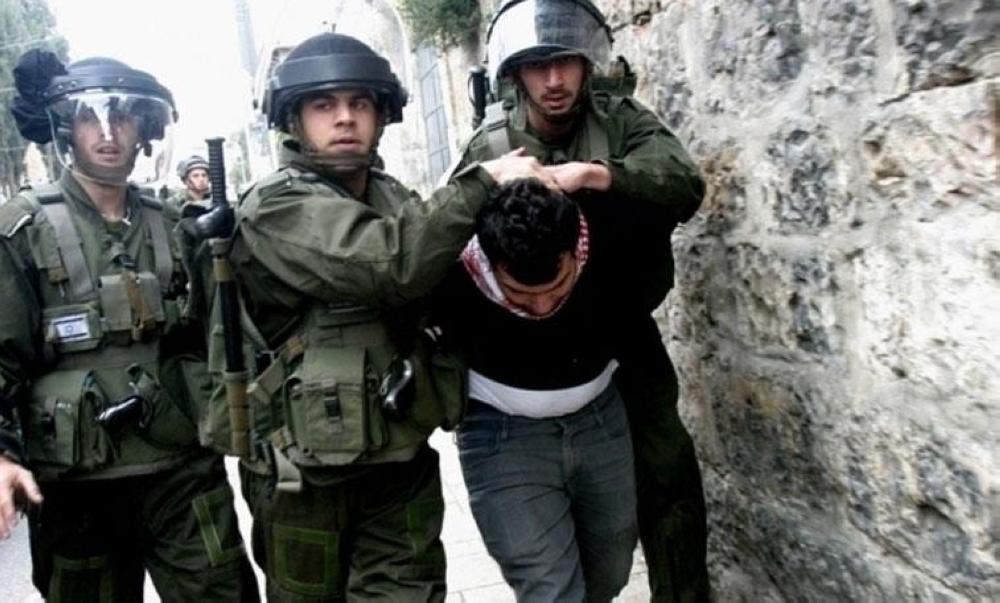 اعتقال 10 فلسطينيين من القدس المحتلة