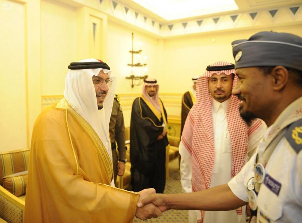 أمير القصيم: القيادة تفخر بالتعليم ومنسوبيه وتضع ثقتها فيهم لبناء الأجيال