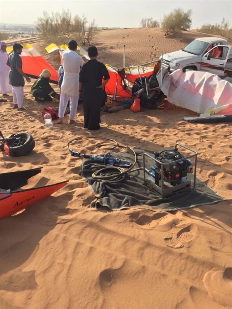 وفاة شاب وإصابة آخر في حادث سقوط طائرة رياضية