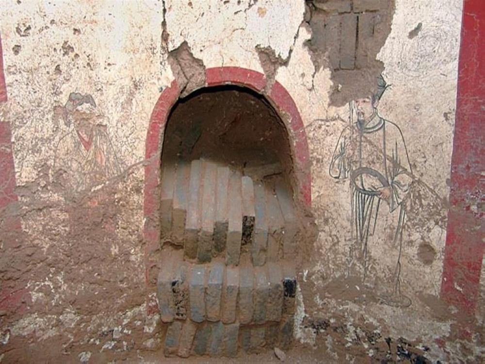 اكتشاف 19 مقبرة تعود للعصر الحجري الحديث بين الصين وروسيا