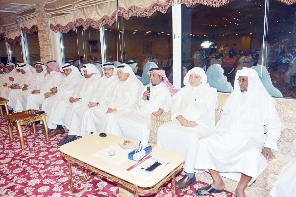 أعضاء شرف الوحدة مطالبون بالعودة والالتفاف حول ناديهم.