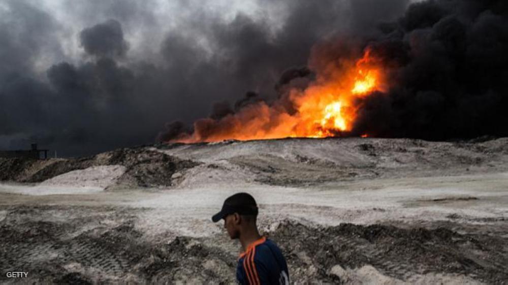 «داعش» يضرم النار في آبار نفط عراقية