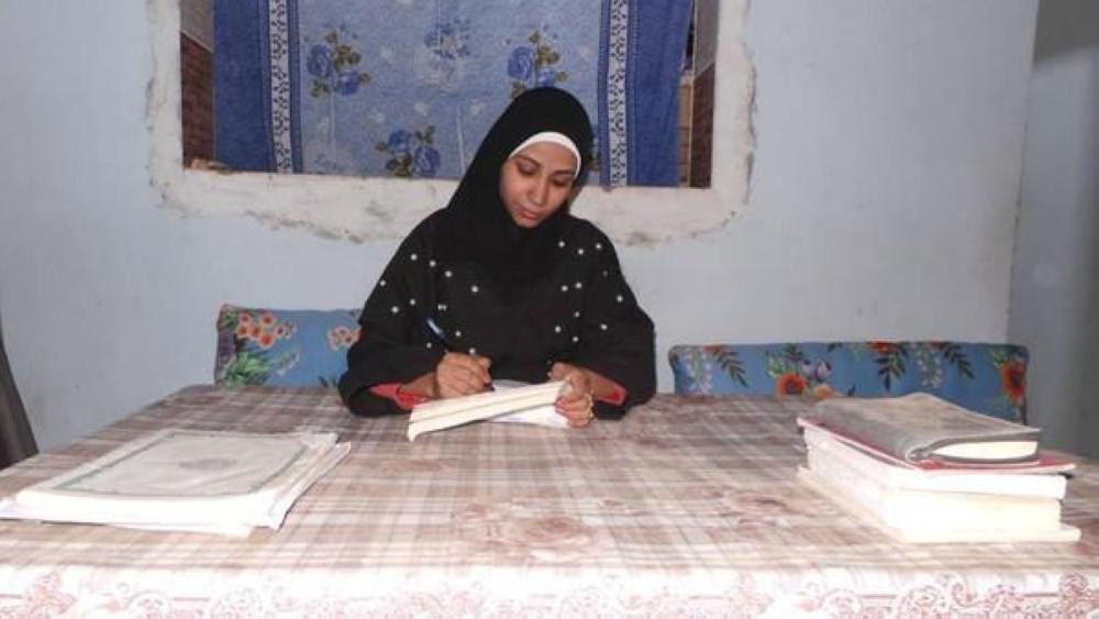 تعرف على أصغر فتاة تعمل مأذونة في مصر