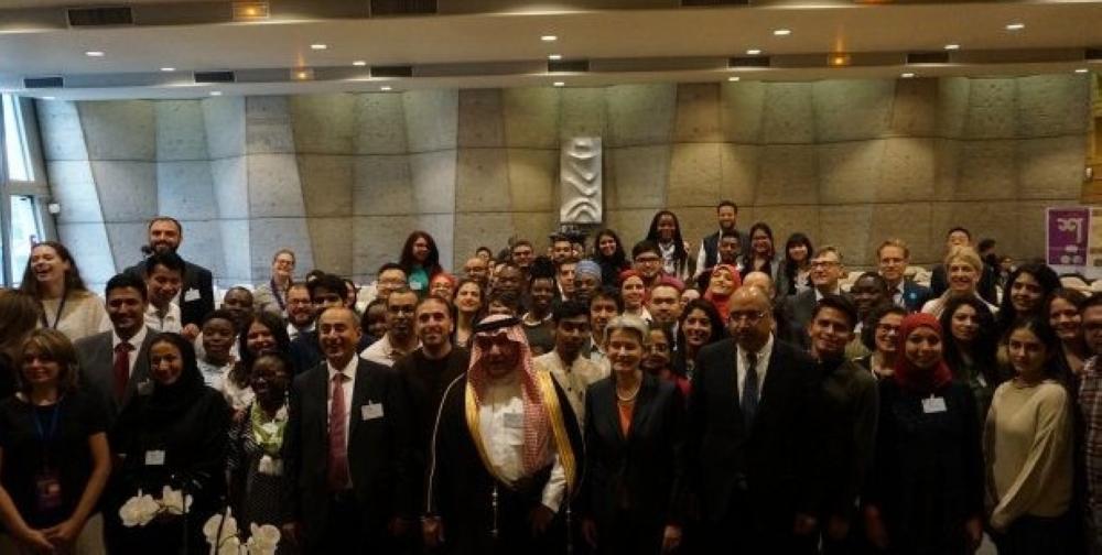 السلطان: شباب مؤتمر باريس نواة مشروع تأهيل القيادات الشابة للحوار العالمي