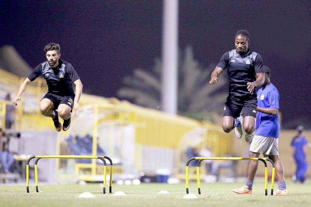جانب من تدريبات نادي النصر. (تصوير: المركز الإعلامي)