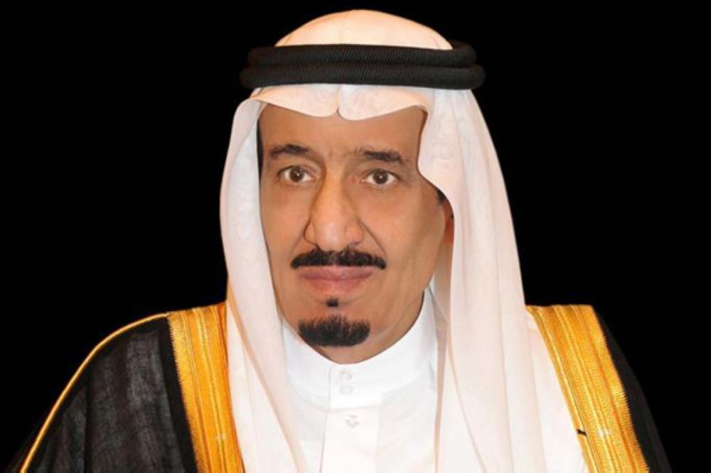 خادم الحرمين الشريفين يهنئ الرئيس المصري بذكرى يوم العبور