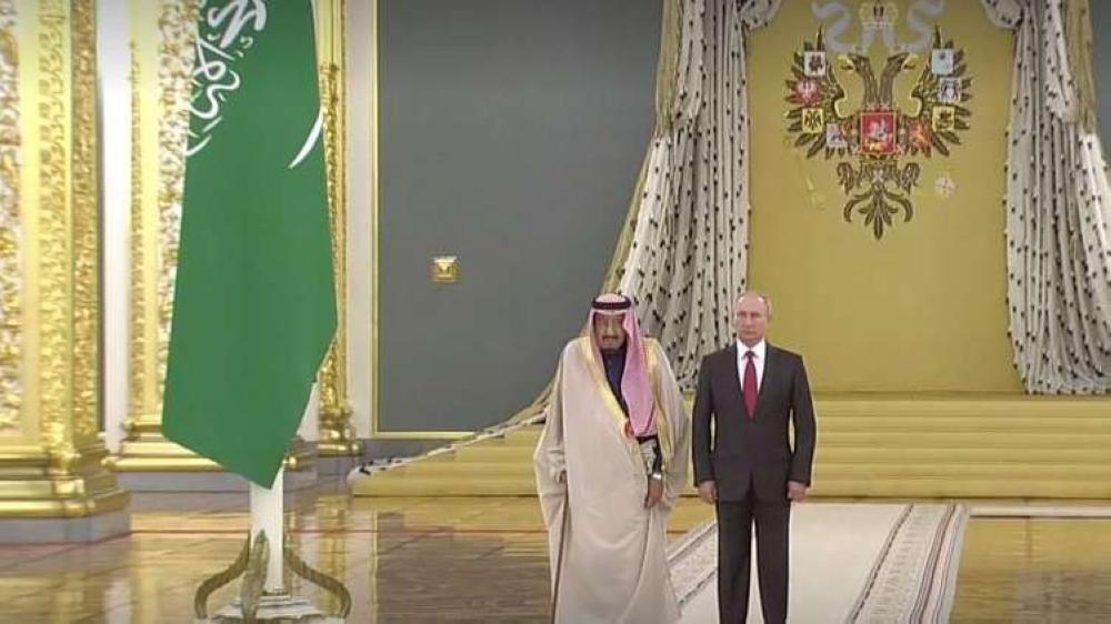 الملك سلمان لبوتين: نتطلع إلى تطوير العلاقات مع روسيا لخدمة الاستقرار العالمي