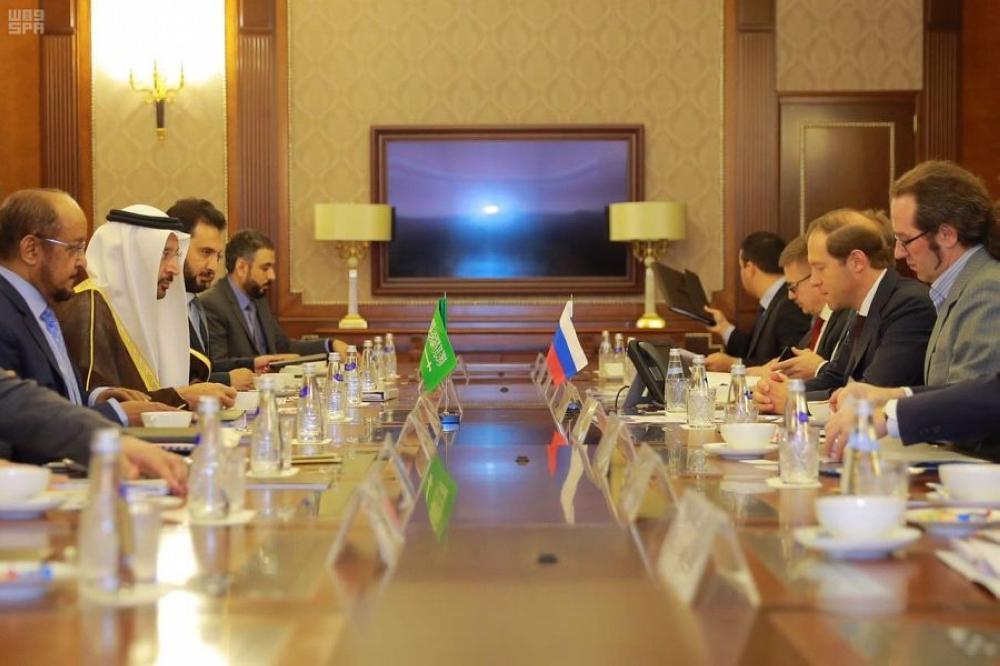 الفالح يؤكد لوزير الصناعة الروسي أهمية التعاون في المجالات غير النفطية