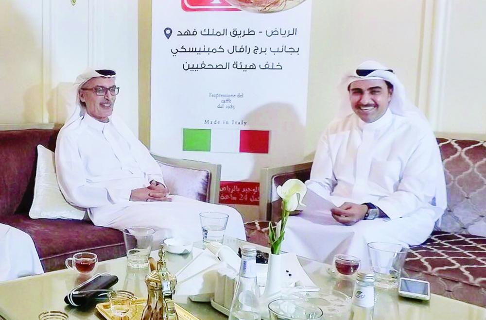 الأمير بدر بن عبدالمحسن في ضيافة الشاعر خالد المريخي.