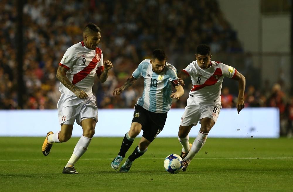 تصفيات مونديال 2018: الأرجنتين في خطر حقيقي وتشيلي تتنفس الصعداء