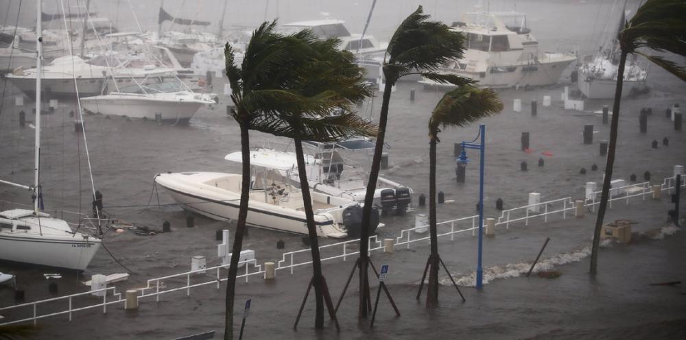 العاصفة نايت تتحول إعصاراً من الدرجة الأولى