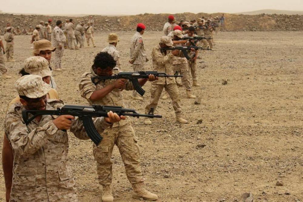 تدريبيات للجيش الوطني في مأرب على مواجهة الإنقلابيين.(إعلام الجيش)
