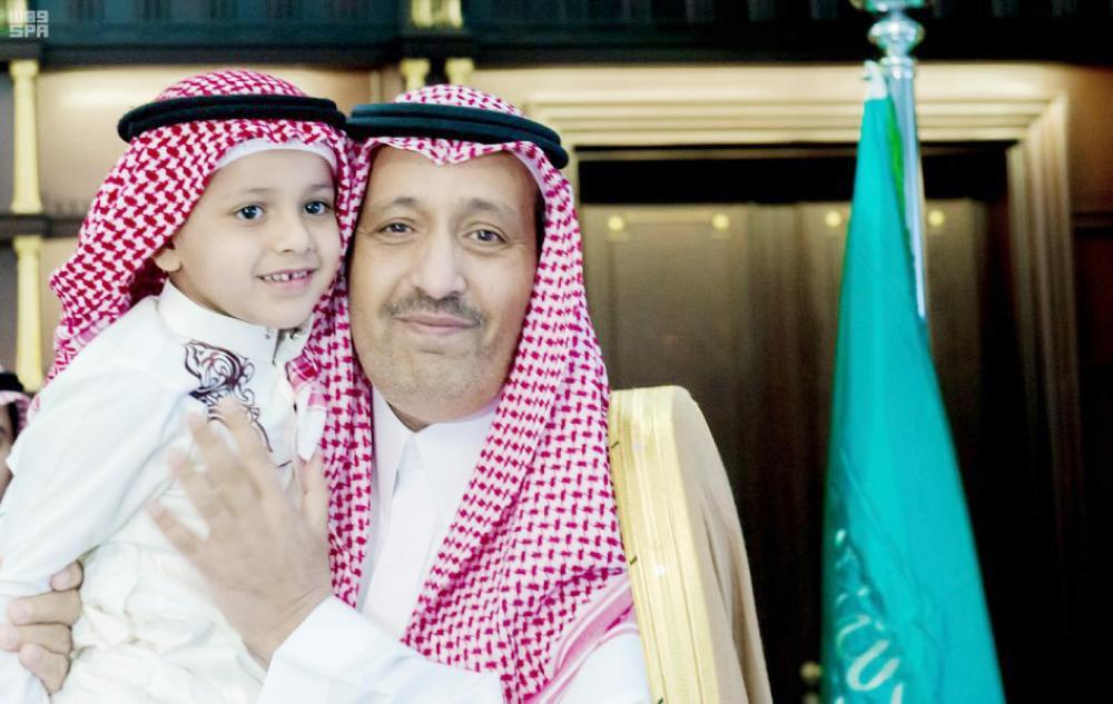 أمير الباحة: شهداء الوطن فخرنا واعتزازنا