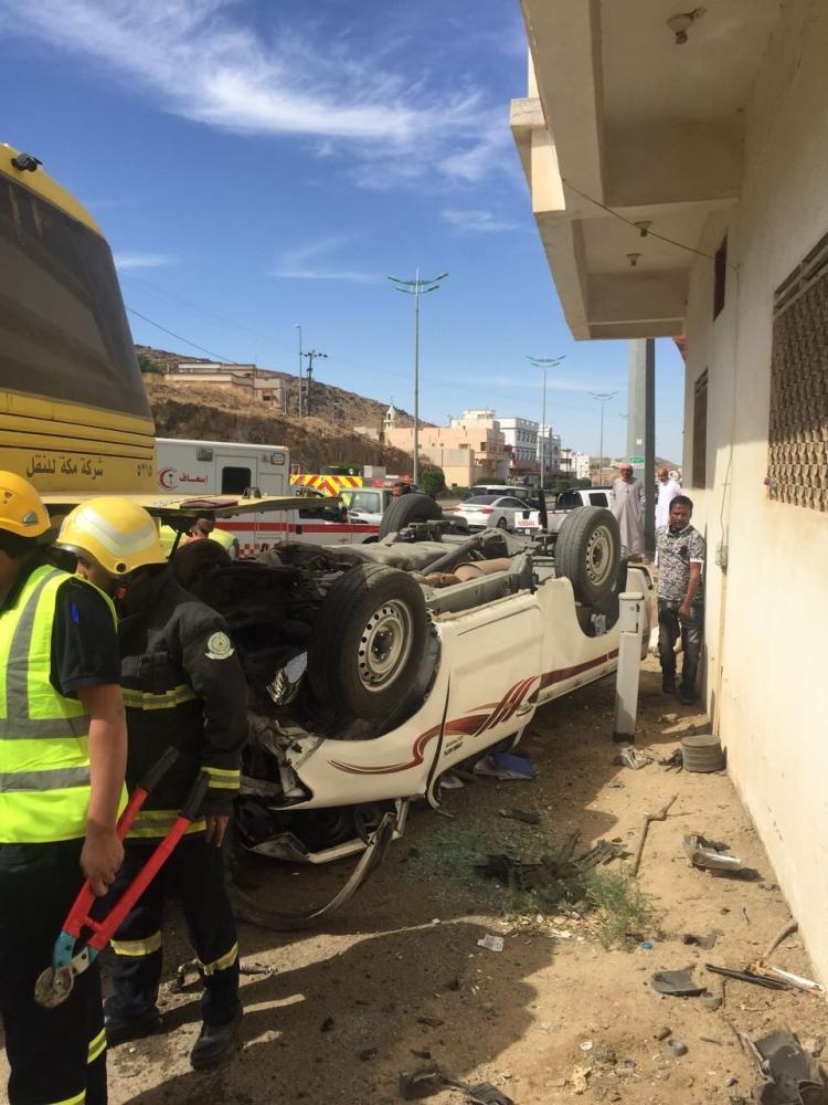 الباحة: وفاة و5 إصابات في حادثة طالبات