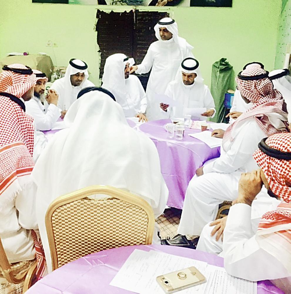 المشاركون في الملتقى