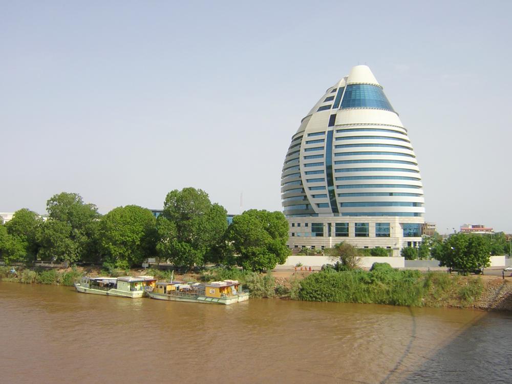 رفع العقوبات الأمريكية يشجع على الاستثمار في السودان.