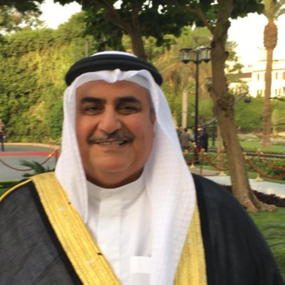 آل خليفة: قطر تفتح الباب لدخول حزب الله بإسقاط التأشيرة عن اللبنانيين