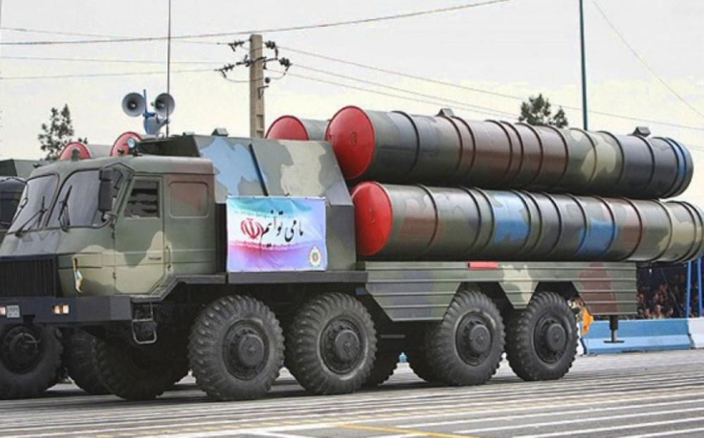 صاروخ سومار الإيراني الذي يبلغ مداه 2500 كيلومتر.