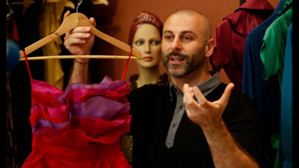 مصممو أزياء يبتكرون ملابس صديقة للبيئة