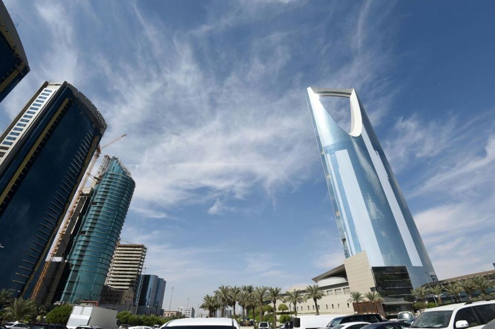 بنوك السعودية تجمد 1200 حساب ضمن تحقيق والرقم في ازدياد