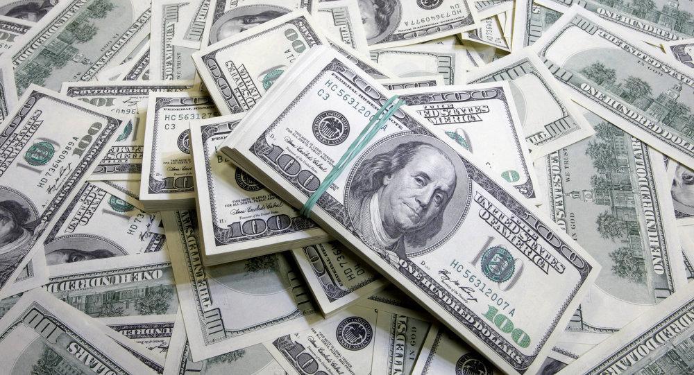 الدولار يدفع عملة السودان للهبوط إلى 23.5 جنيه
