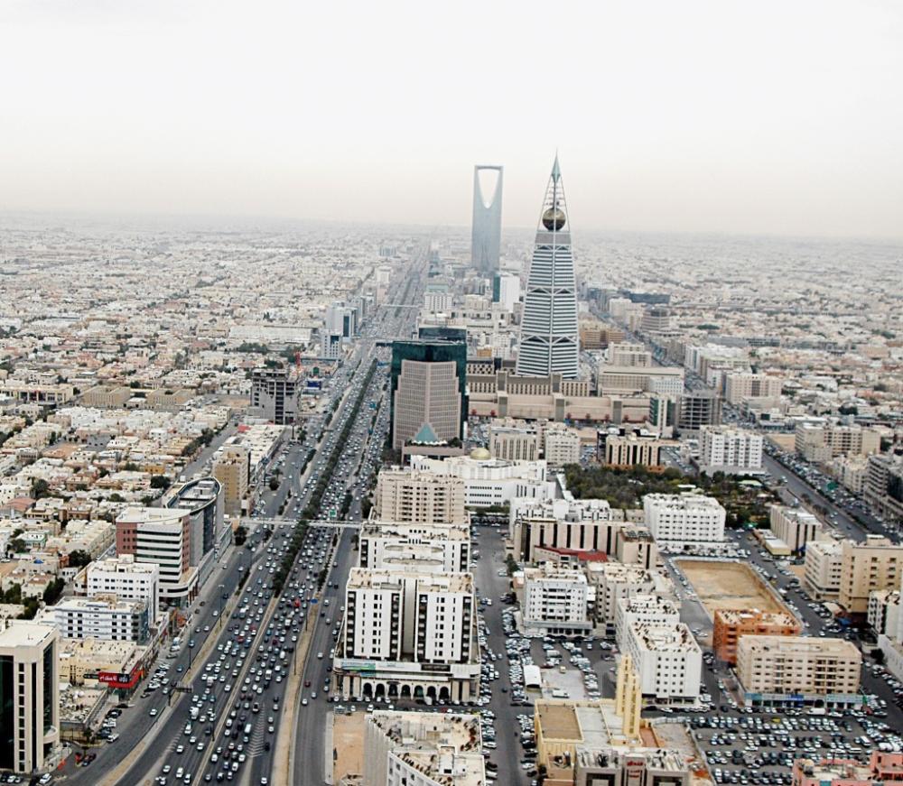 مواصلة عمل الشركات المملوكة جزئيا لأفراد في قضايا الفساد تعطي للمستثمرين ثقة بتوسيع أنشطتهم في السعودية.