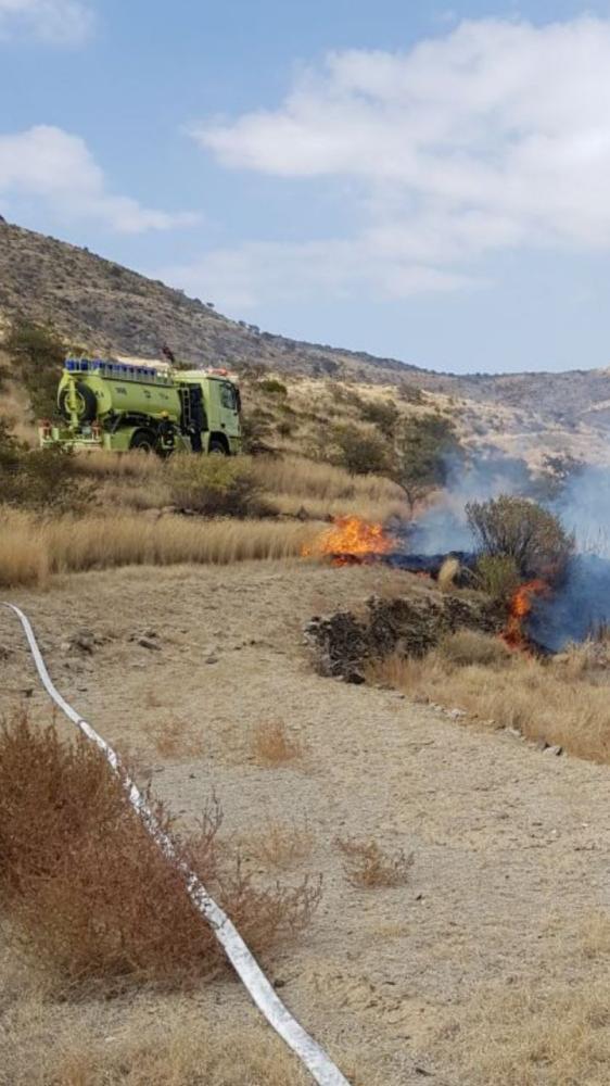 مدني أبها يخمد حريق «الشط»