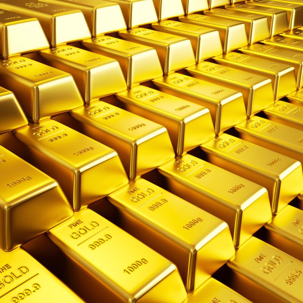 الذهب يتماسك قرب أعلى مستوى في 3 أسابيع