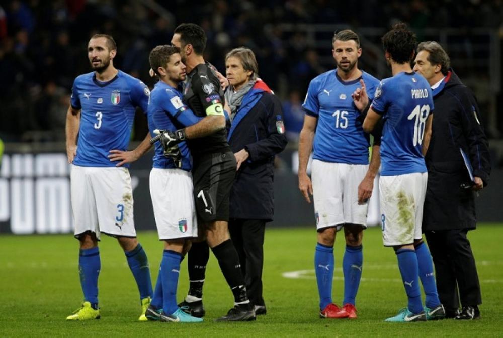لاعبو إيطاليا عقب فشل التأهل لمونديال 2018