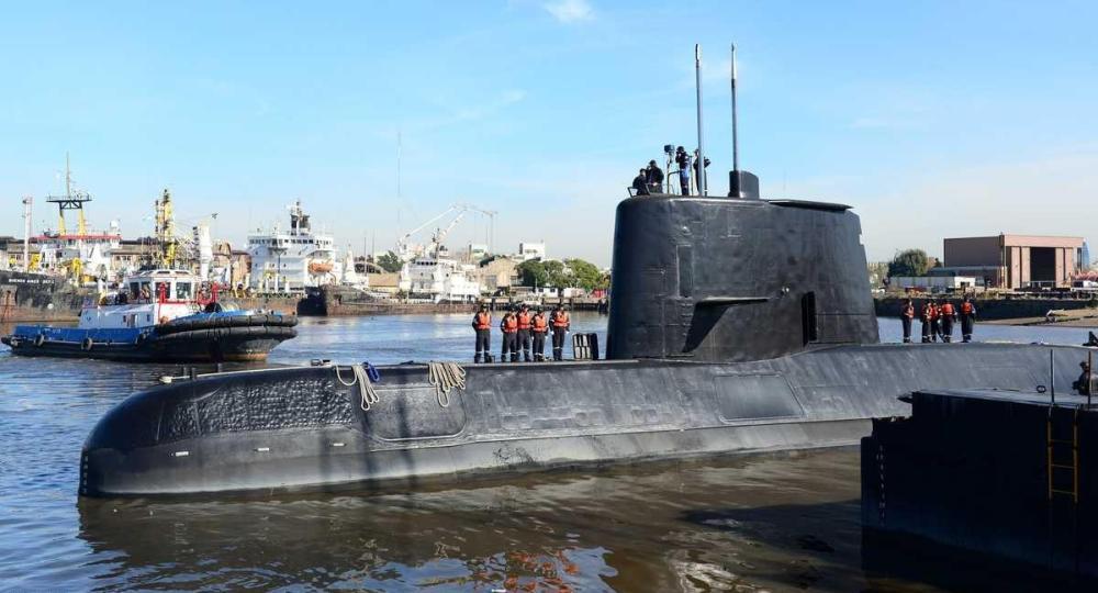 فقدان الاتصال بغواصة عسكرية أرجنتينية على متنها 44 شخصًا