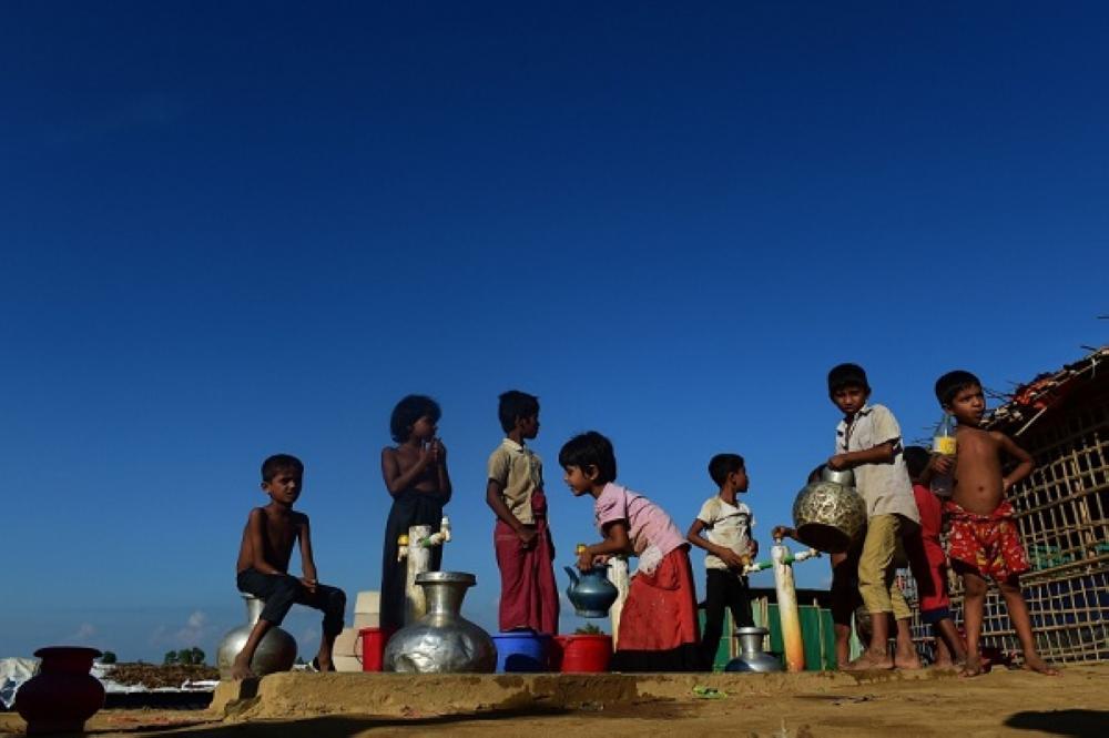 أطفال لاجئون من الروهينغا