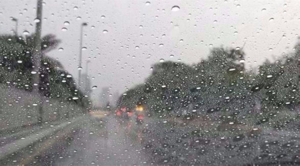 الأمطار تعاود الهطول على جدة
