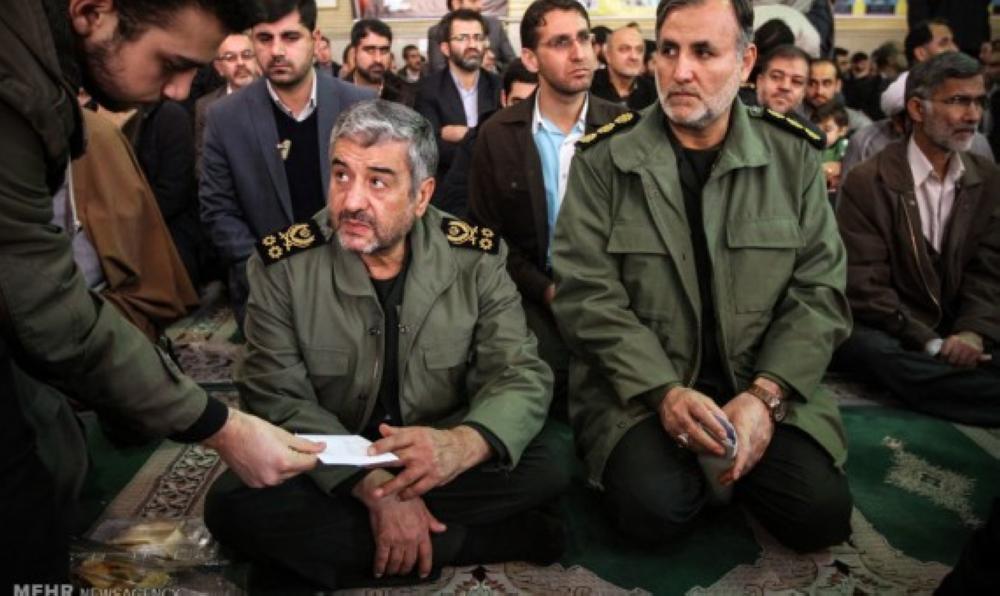 «الثوري الإيراني» يتمسك بسلاح حزب الله تنفيذا لإستراتيجية الملالي الإرهابية