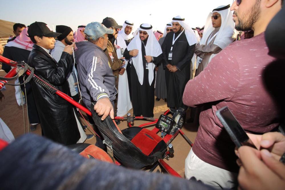 مدير جامعة طيبة يزور «مهرجان ناركم حيّة» بالصويدرة.