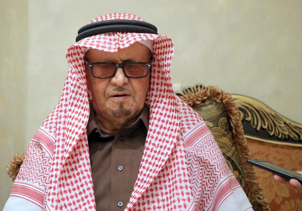 عبدالعزيز الهزاع