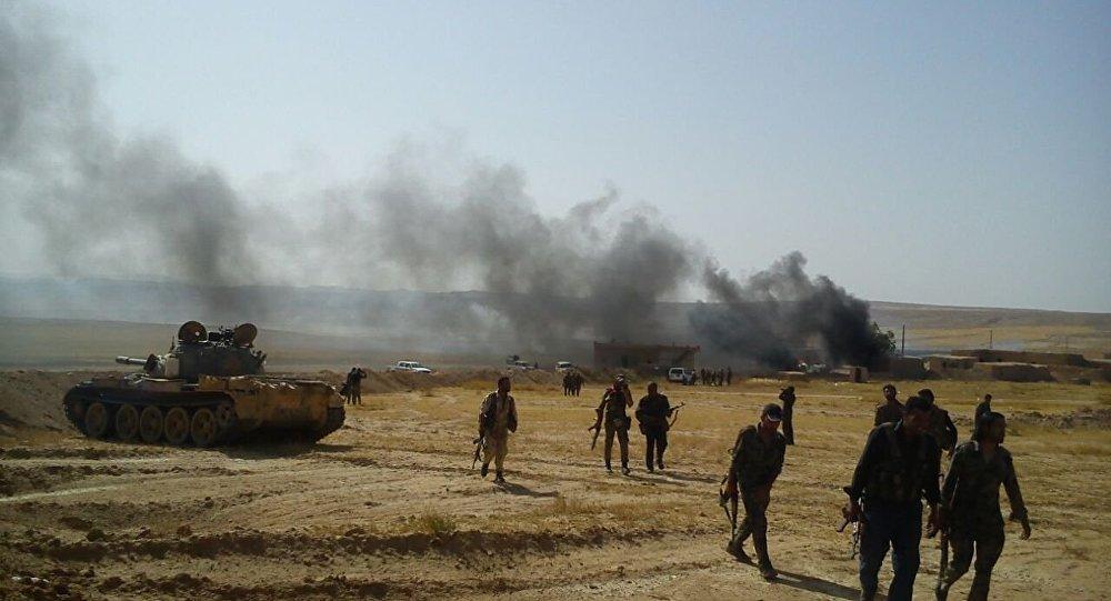 اشتباكات عنيفة بين «سورية الديموقراطية» و«داعش» على ضفاف الفرات