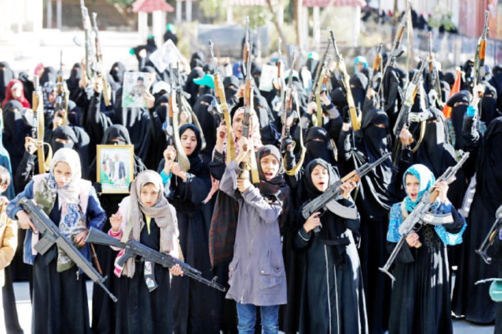 الحوثيون لـ«الأطفال»: التجنيد أو الموت