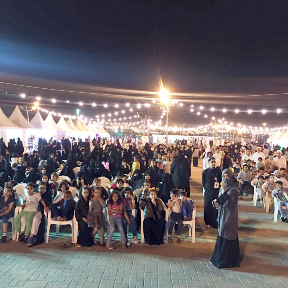 حضور مميز في موقع الفعاليات بمهرجان العاصمة المقدسة. (عكاظ)