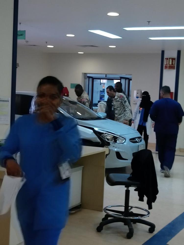 التحقيق مع مقتحم بوابة طوارئ «مستشفى الحرس»