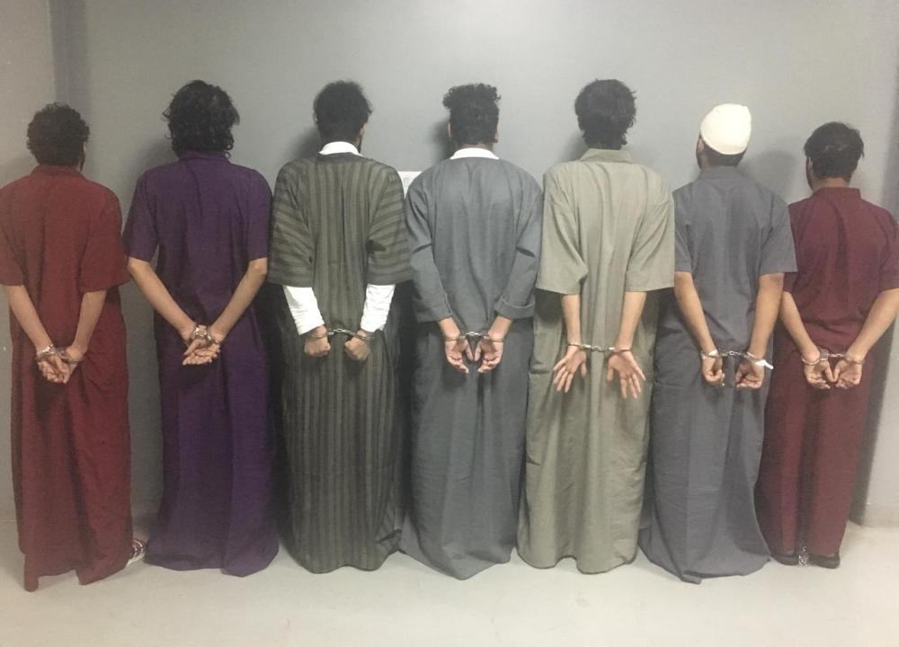 الرياض: الإطاحة بـ7 جناة تورطوا في 22 حادثة سلب واستيلاء