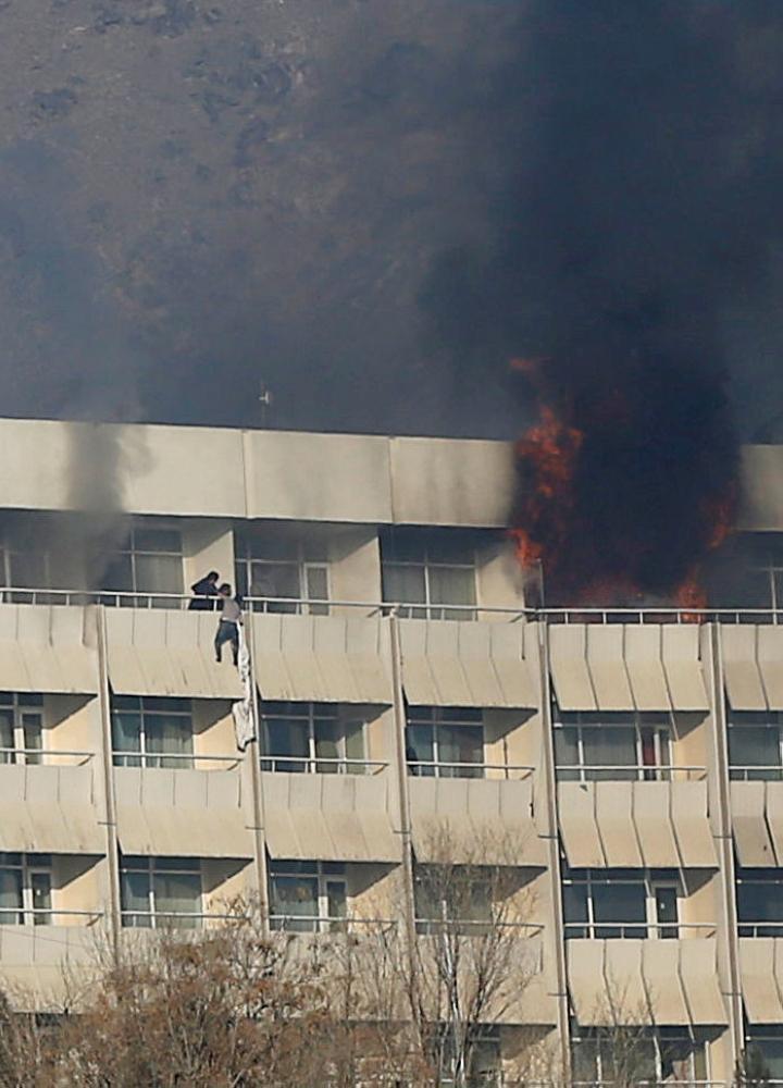 ارتفاع حصيلة ضحايا الاعتداء على فندق في كابول إلى 22 قتيلا