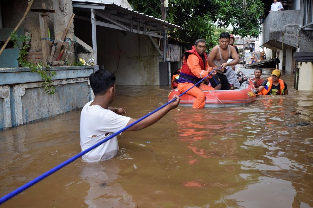 إجلاء بسبب الفيضانات