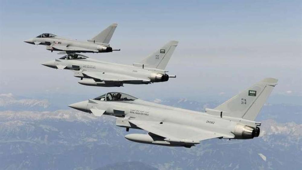 مسؤول بالجيش اليمني ينوه بدور طيران التحالف في «عمليات تعز»