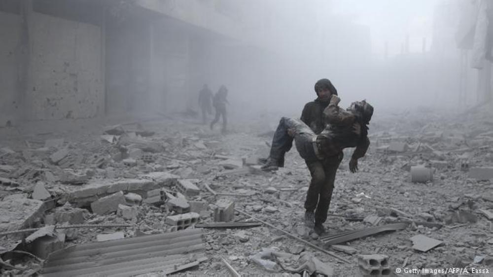 21 قتيلا في غارات جديدة لقوات النظام على الغوطة