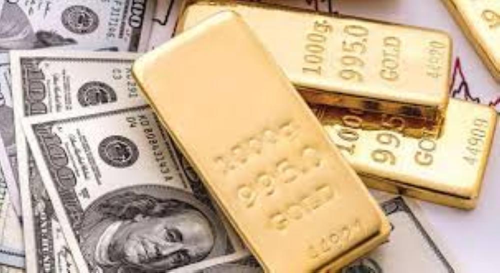 ارتفاع الدولار يدفع الذهب للهبوط لليوم الثالث